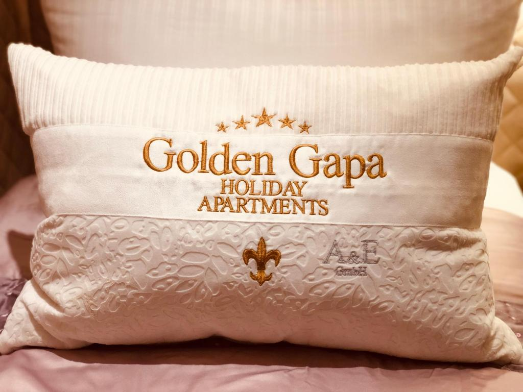 Golden GaPa Luxury Penthouse 31